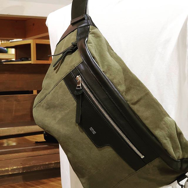 【RESOUND CLOTHING-decade×RESOUND military west bag 】